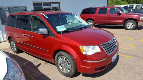 2008 Chrysler Town and Country for sale at Dakota Cars and Credit in Sioux Falls SD
