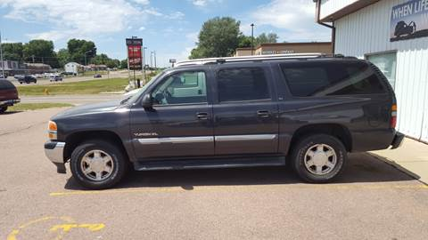 2005 GMC Yukon XL for sale at Dakota Cars and Credit in Sioux Falls SD