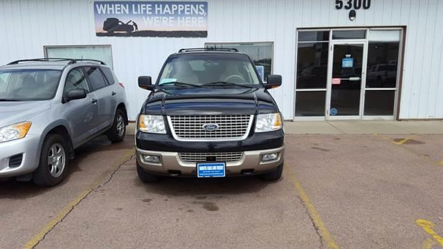 2003 Ford Expedition for sale at Dakota Cars and Credit in Sioux Falls SD