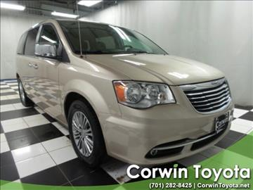 2014 Chrysler Town and Country for sale in Fargo, ND