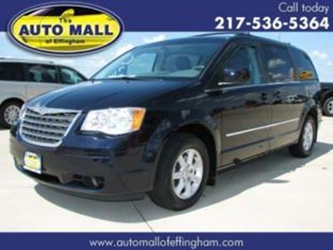 2010 Chrysler Town and Country for sale in Effingham, IL