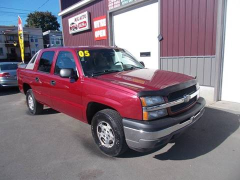 2005 Chevrolet Avalanche for sale in Albany, NY