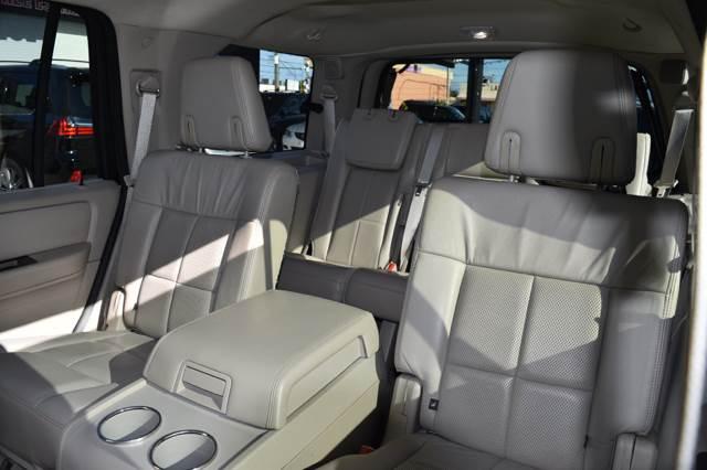 2013 Lincoln Navigator for sale at Autobahn Classics llc in Hialeah FL