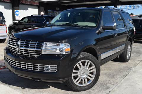 2013 Lincoln Navigator for sale at Autobahn Classics llc in Hialeah FL