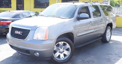 2007 GMC Yukon XL for sale at Autobahn Classics llc in Hialeah FL