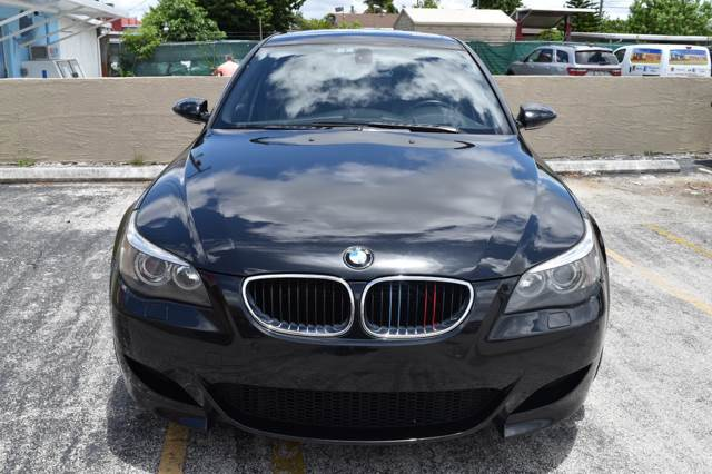 2006 BMW M5 for sale at Autobahn Classics llc in Hialeah FL