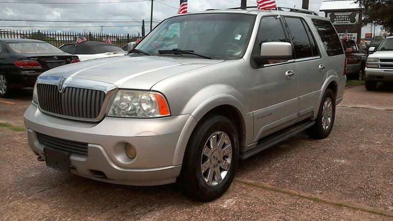 2003 Lincoln Navigator for sale at Texan Direct Auto Group in Houston TX