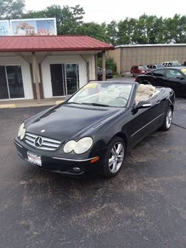 2006 Mercedes-Benz CLK for sale at Smart Buy Auto in Bradley IL