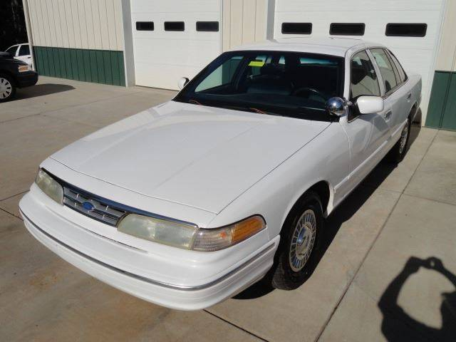 1996 Ford Crown Victoria for sale at Southern Motor Company in Lancaster SC
