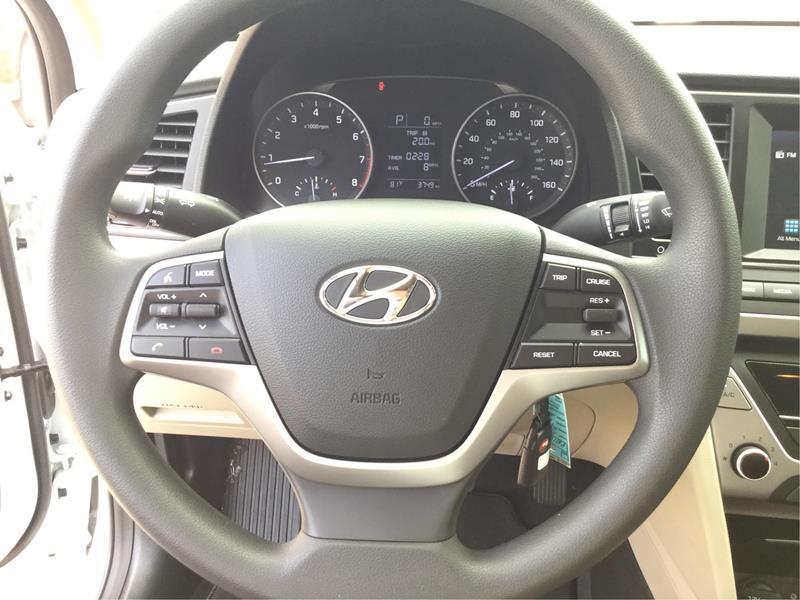 2017 Hyundai Elantra Limited 4dr Sedan (US) - Marble Falls TX