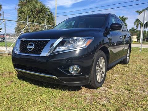 2016 Nissan Pathfinder for sale in Pompano Beach, FL