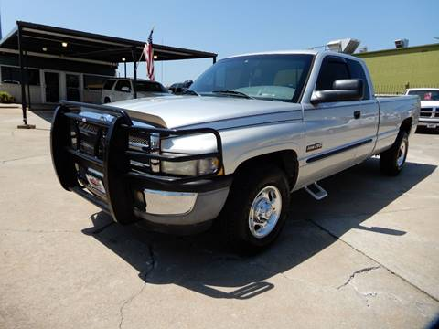 2001 Dodge Ram Pickup 2500 for sale in Collinsville, OK