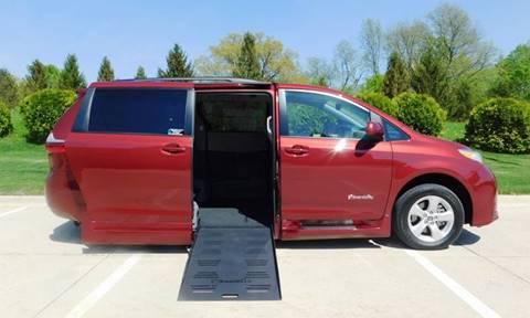 2019 Toyota Sienna for sale in Iowa City, IA