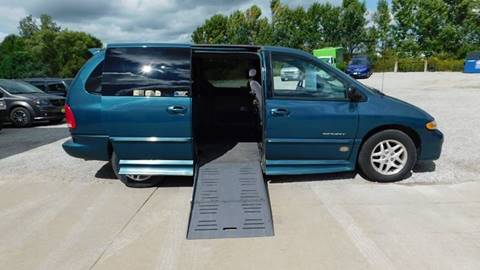 2000 Dodge Grand Caravan for sale in Iowa City, IA