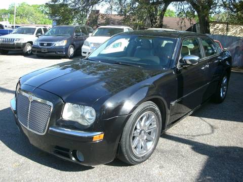 2006 Chrysler 300 for sale at Discount Motor Mall in Tampa FL