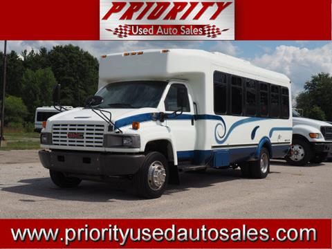 2004 Chevrolet C5500 for sale in Muskegon, MI