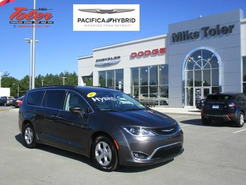 2017 Chrysler Pacifica Hybrid for sale in Morehead City, NC