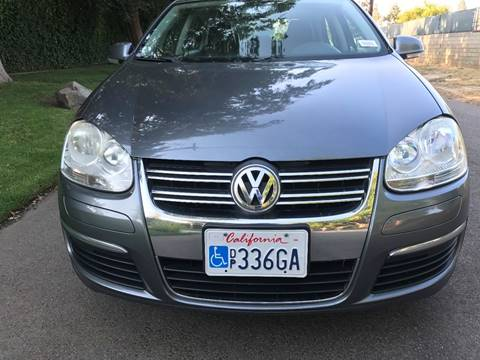 2010 Volkswagen Jetta for sale at Car Lanes LA in Valley Village CA