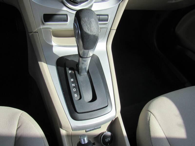 2014 Ford Fiesta SE 4dr Hatchback - Lakeland FL