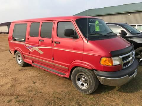 1999 Dodge Ram Van for sale in Springfield, MN