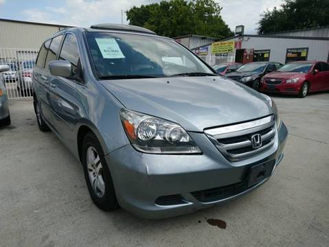 2007 Honda Odyssey for sale at TEXAS MOTOR CARS in Houston TX