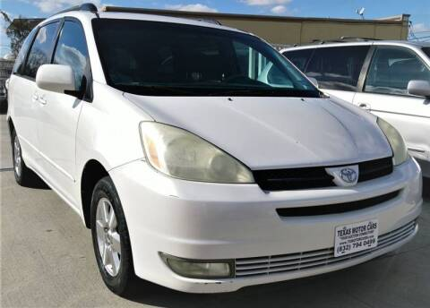 2004 Toyota Sienna for sale at TEXAS MOTOR CARS in Houston TX