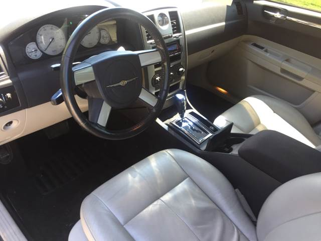 2005 Chrysler 300 for sale at Logans Auto in Norwich CT