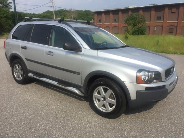 2004 Volvo XC90 for sale at Logans Auto in Norwich CT