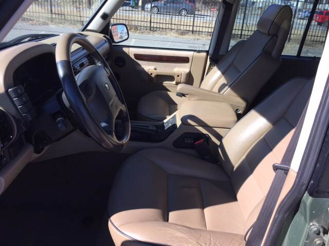 2000 Land Rover Discovery Series II for sale at Logans Auto in Norwich CT