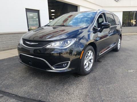 2020 Chrysler Pacifica for sale in Monroe, WI