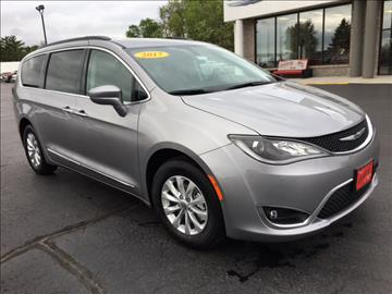 2017 Chrysler Pacifica for sale in Reedsburg, WI