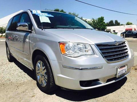 2008 Chrysler Town and Country for sale at Titanium Motors in Sacramento CA
