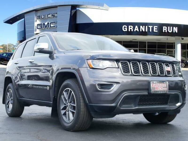 2017 Jeep Grand Cherokee for sale at GRANITE RUN PRE OWNED CAR AND TRUCK OUTLET in Media PA