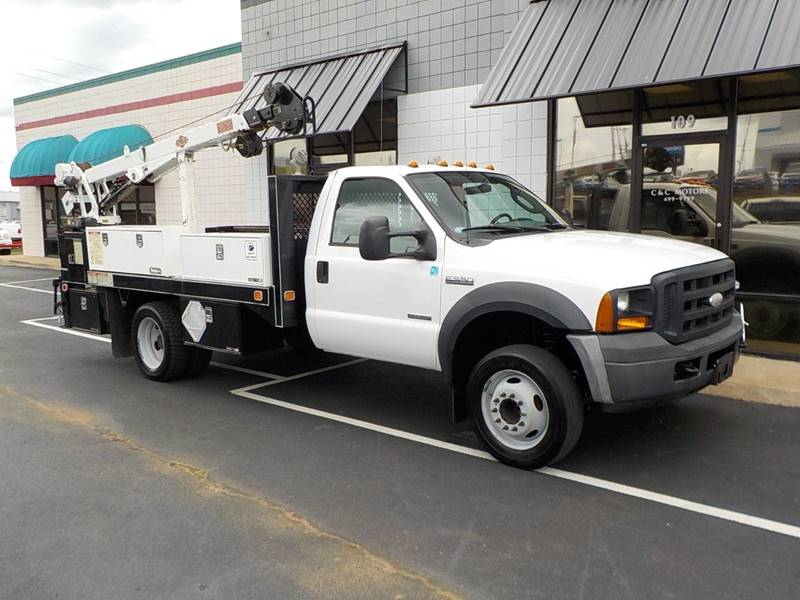 2006 Ford F-550 for sale at C & C MOTORS in Chattanooga TN
