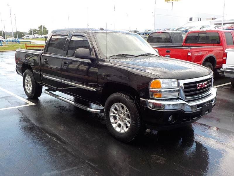 2005 GMC Sierra 1500 for sale at C & C MOTORS in Chattanooga TN