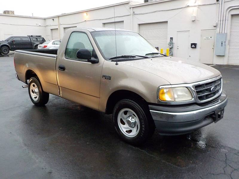 2001 Ford F-150 for sale at C & C MOTORS in Chattanooga TN