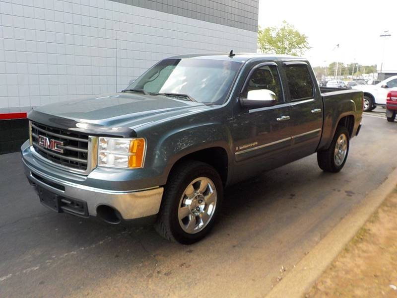 2009 GMC Sierra 1500 for sale at C & C MOTORS in Chattanooga TN