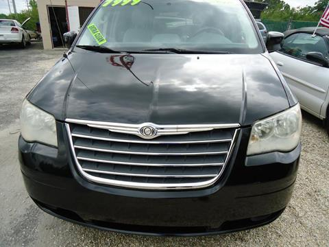 2010 Chrysler Town And Country For Sale In Port Charlotte, FL