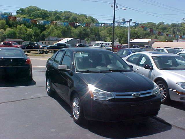 2011 Ford Focus for sale at Bates Auto & Truck Center in Zanesville OH