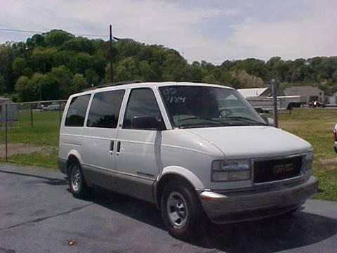 2002 GMC Safari for sale at Bates Auto & Truck Center in Zanesville OH