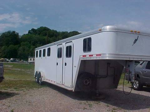 2001 Featherlite 4 HORSE for sale at Bates Auto & Truck Center in Zanesville OH