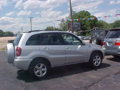 2005 Toyota RAV4 for sale at Bates Auto & Truck Center in Zanesville OH
