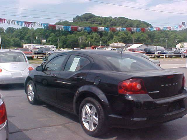 2011 Dodge Avenger for sale at Bates Auto & Truck Center in Zanesville OH