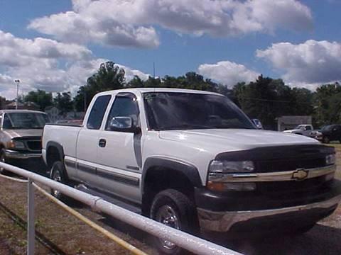 2001 Chevrolet Silverado 2500HD for sale at Bates Auto & Truck Center in Zanesville OH