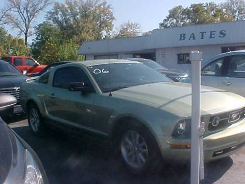 2006 Ford Mustang for sale at Bates Auto & Truck Center in Zanesville OH
