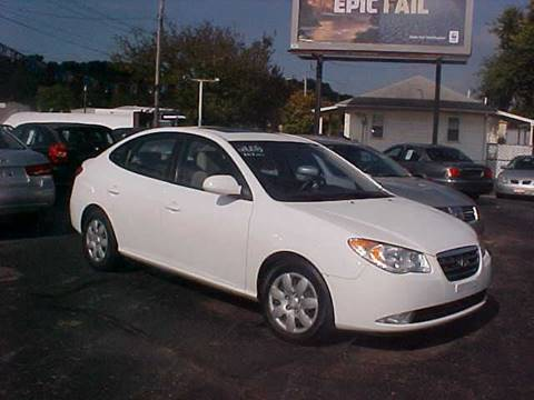2008 Hyundai Elantra for sale at Bates Auto & Truck Center in Zanesville OH