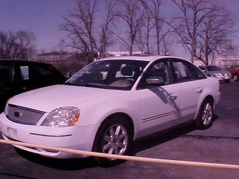 2005 Ford Five Hundred for sale at Bates Auto & Truck Center in Zanesville OH