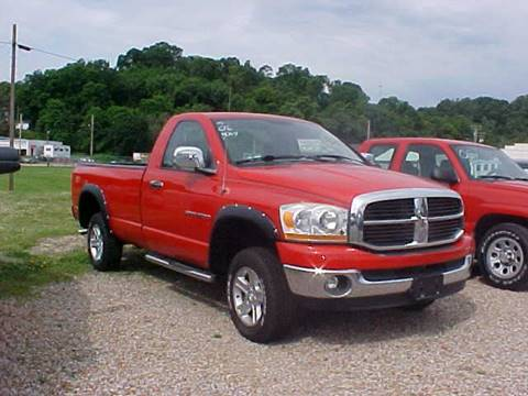 2006 Dodge Ram Pickup 1500 for sale at Bates Auto & Truck Center in Zanesville OH