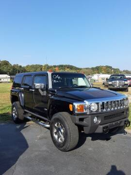 2006 HUMMER H3 for sale at Bates Auto & Truck Center in Zanesville OH