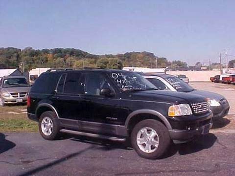2004 Ford Explorer for sale at Bates Auto & Truck Center in Zanesville OH